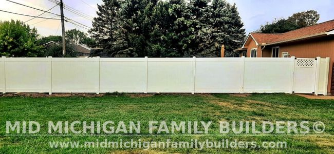 Mid Michigan Family Builders New Fence Project 08 2021 06 01