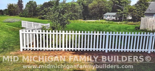Mid Michigan Family Builders New Fence Project 08 2021 08 01