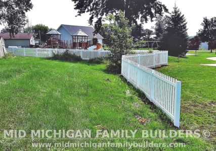 Mid Michigan Family Builders New Fence Project 08 2021 08 03