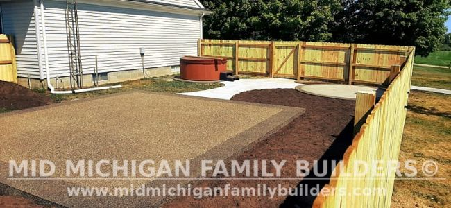 Mid Michigan Family Builders New Fence Project 09 2021 02 04