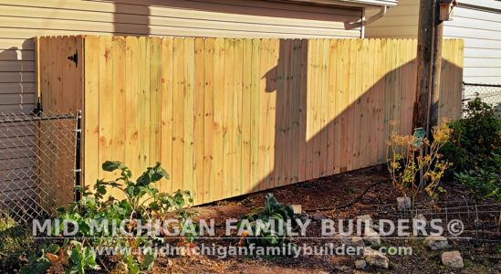 Mid Michigan Family Builders New Fence Project 09 2021 04 08