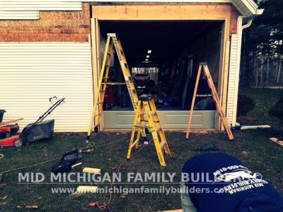 Mid Michigan Family Builders New Window And Garage Door Project 12 2018 03