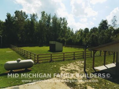 Mid Michigan Family Builders Rough Saw Horse Fence 09 2018 05