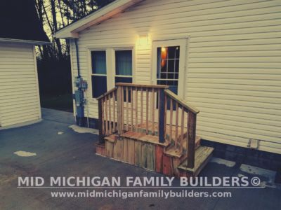 Mid Michigan Family Builders Small Deck Project 12 2018 04