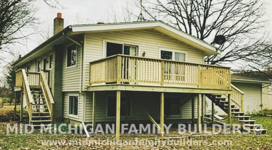 Mid Michigan Famnily Builders Deck Project 11 2018 03
