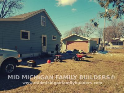 Mid Michigan Family Builders Wooden Fence Project 04 2019 01 02