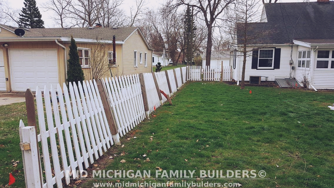 Mid Michigan Family Builders Custom Construction Project Fence