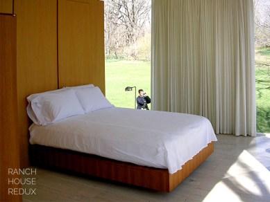 farnsworth_bedroom with camera
