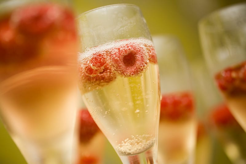 Sparkling cocktails for weddings