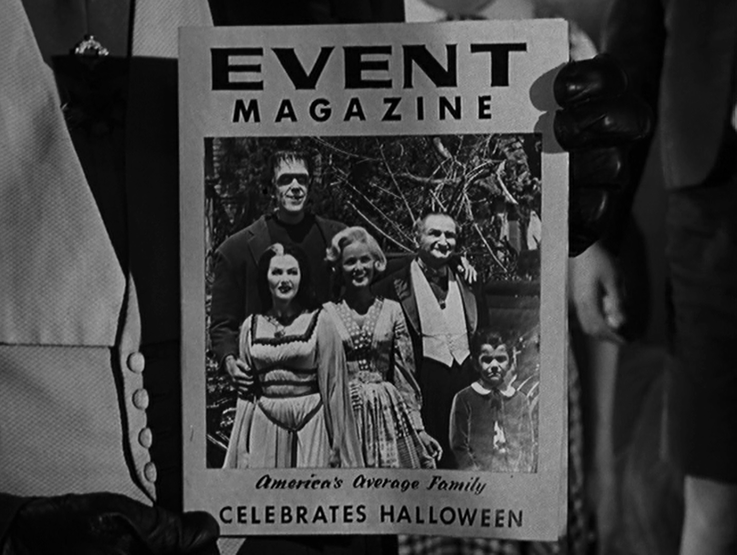 the munsters family portrait - Munsters Halloween Episode