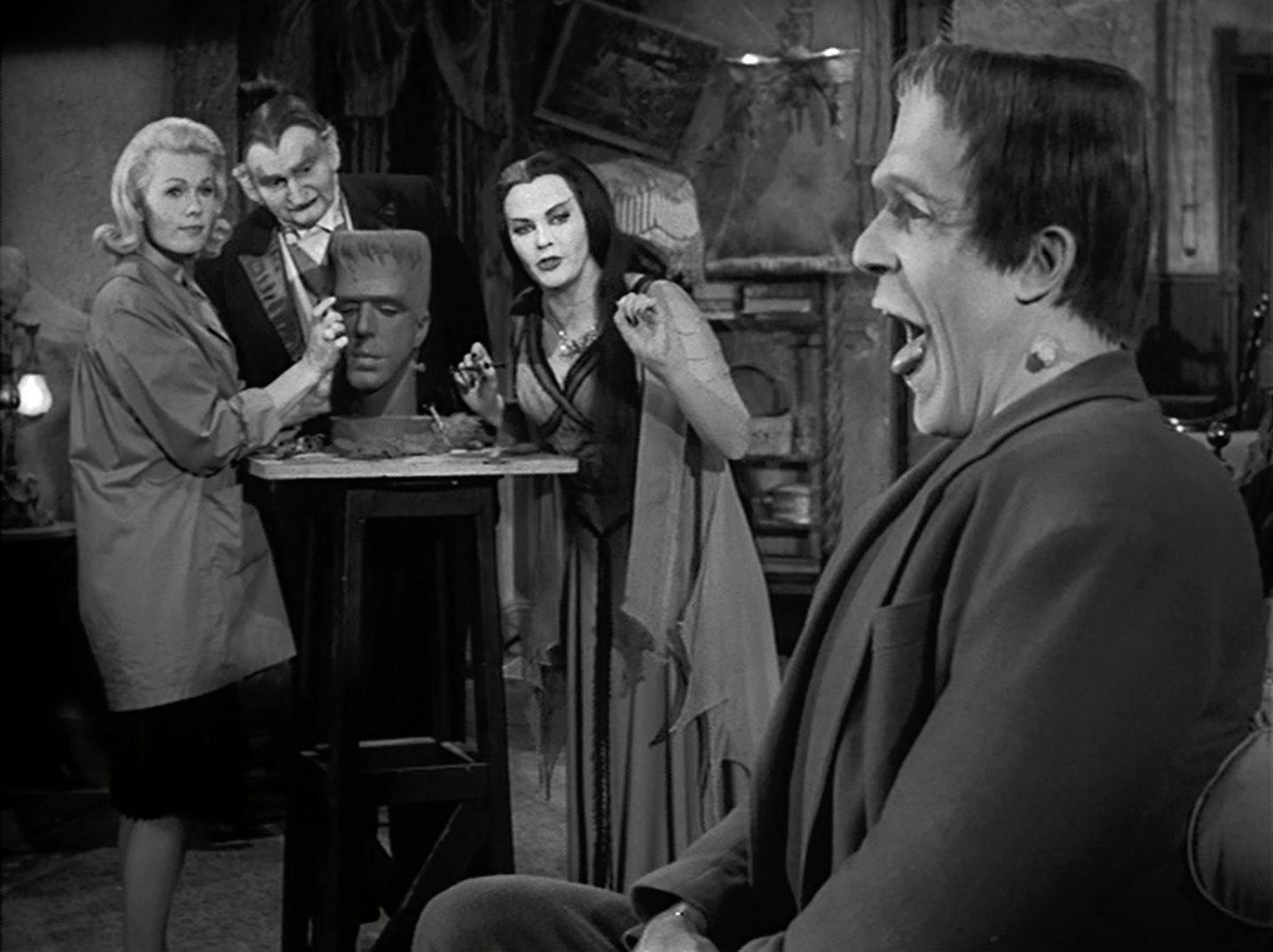 The Munsters Midnite Reviews