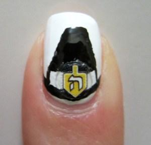 Pilgrim Hat Dreidel Nail Art