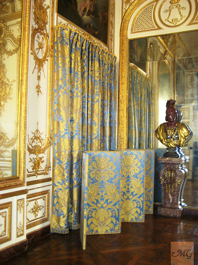 MG Decor 5 HighLow Home Decor Ideas Inspired By The Palace Of Versailles  Midtown Girl