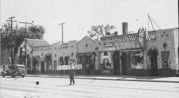 The east side of the 3800 block of Broadway in 1940. Today, popular local watering holes the Blarney Stone and Chez Charlie are on this block.