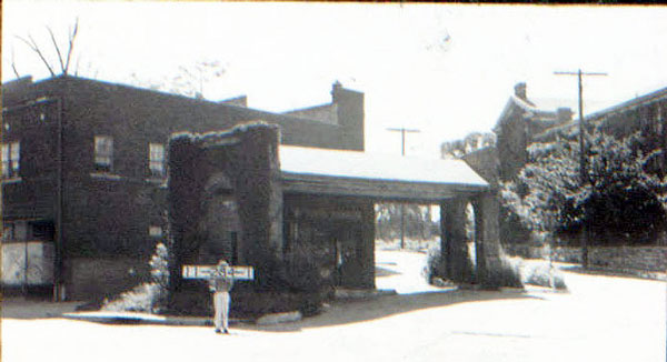 """This building, very familiar to people today as the site of Pryde's in Westport, played an important role in history. Miss Helen Thomes used it as her dance studio, teaching """"joy of life and appreciation of beauty"""" to many young Kansas City women. This 1940 photo courtesy Kansas City Public Library/Missouri Valley Special Collections."""