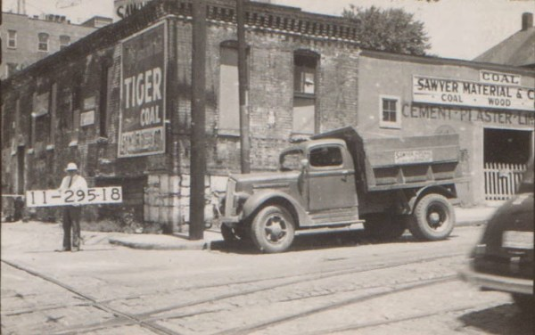 The Sawyer Material and Coal Company on Westport Road in 1940.