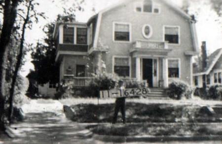 914 W. 33rd Street in 1940.