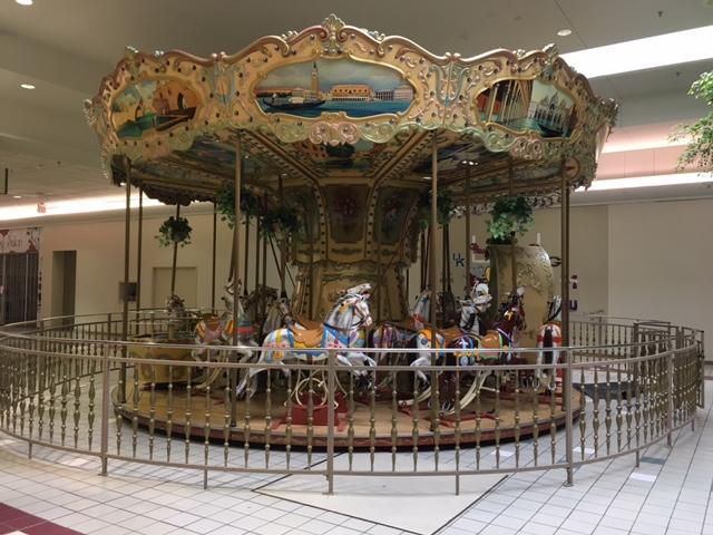 mall carousel 02