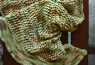 Open weave summer shawl knitting pattern