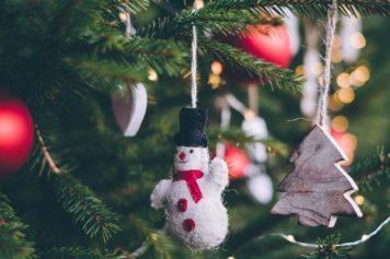 celebration-christmas-christmas-decorations-704218-600x400