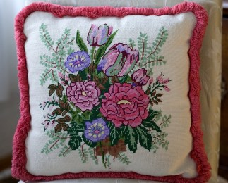 Needlepoint pillow, Jennifer Wilder, Wayzata, MN (photo credit Suzanne Shaff)