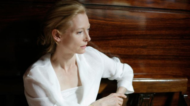 Tilda Break of Dawn: I Am Love
