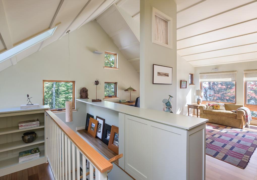 Second-Floor-Sitting-Room