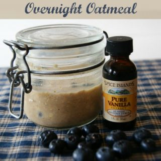 Vanilla Blueberry Overnight Oatmeal