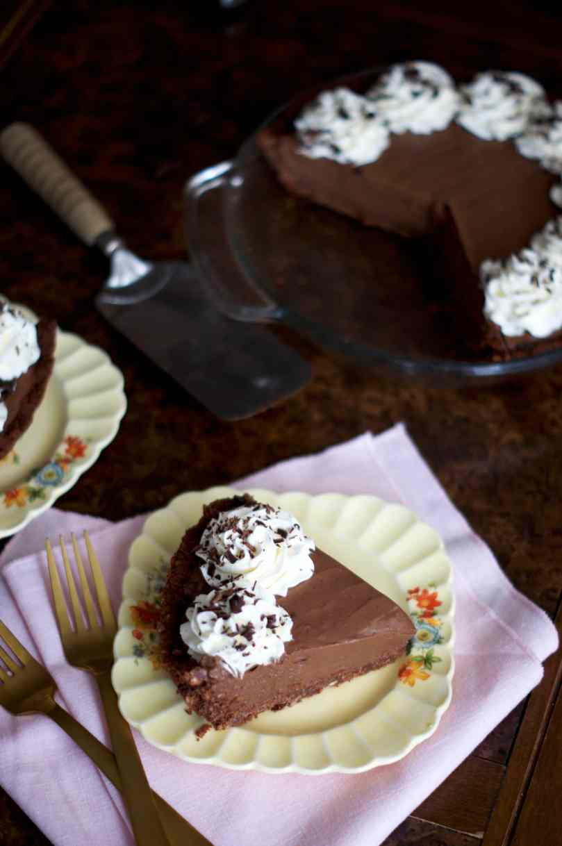 Mississippi Mud Pie | via Midwest Nice Blog