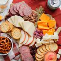 How to make a cheeseboard: Wisconsin Pride Edition
