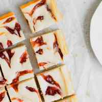 Rhubarb Cheesecake Squares Recipe