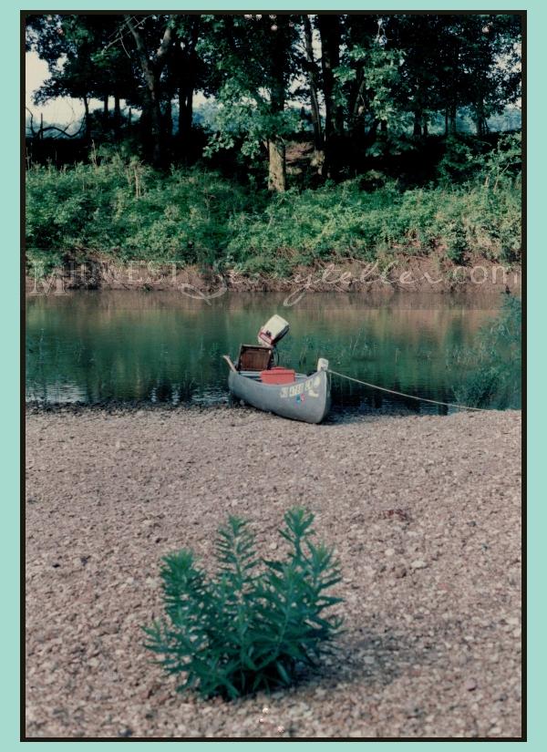 Smuffy's Canoe www.midweststoryteller.com