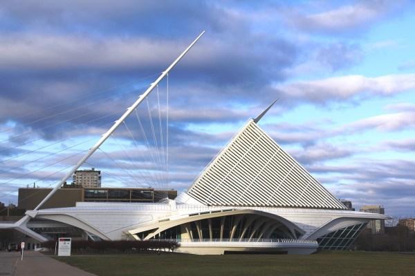 Milwaukee Art Museum Peek Renovation - Midwest Wanderer