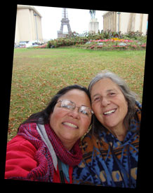 Eneyda and Jan with Eiffel Tower in the back ground