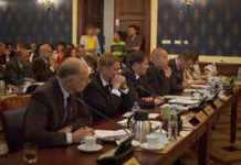 Arch.-2013-10-22-przyjecie-nazw-rond@Glogow-na-sesji-Rady-Miasta@Sala-Rajcow-01-