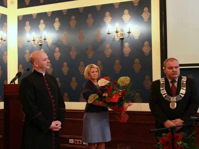 2013-11-01-sesja-rady-powaiu-i-miasta-11-listopada@Glogow-fot.D.Jeczmionka-01-