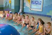 zdjęcie 2013-11-06-zajęcia-dzieci-na-basenie@Gmina-Kotla-01-