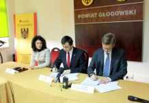 2013-11-26-podpisanie-prozumienia-z-firma-Sanden@Starostwo-Powiatowe@Glogow-fot.D.Jeczmionka-01-