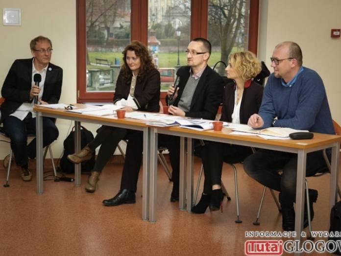 2013-12-09-Inauguracja-projektu-Aktywne-organizacje-silny-samorzad@Glogow-2013-12-10-Konferencja-Inaugurujaca-Konsultacje-Spoleczne-@PWSZ-(fot.P.Dudzicki)-17