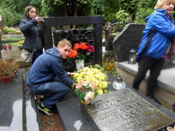zdjęcie 2014-06-03-uczniowie-zespołu-szkol-Wyżykowskiego@Warszawa-003
