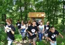 2014-07-08- uczestnicy projektu Naszym okiem na wsgórach pszczółkowskich@Kotla001