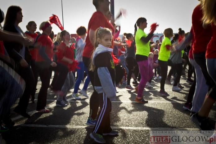 2014-11-08 Maraton Zumba Fitness Tańcz i pomagaj @Parking Tesco (fot.P.Dudzicki) 47