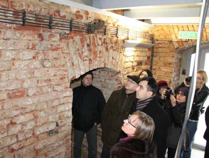 2015-02-05-blok koszarowy@Głogów