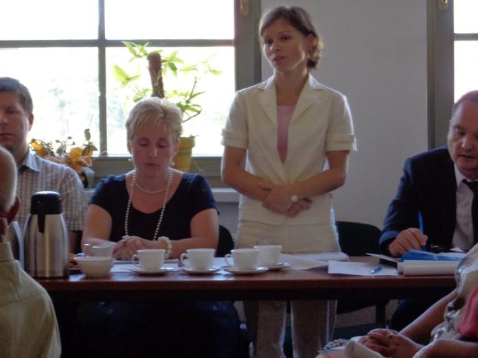 2015-08-08 Nowy skarbnik w Gminie Wiejskiej Głogów @Urząd Gminy Wiejskiej Głogów (fot. A. Błaszczyk)