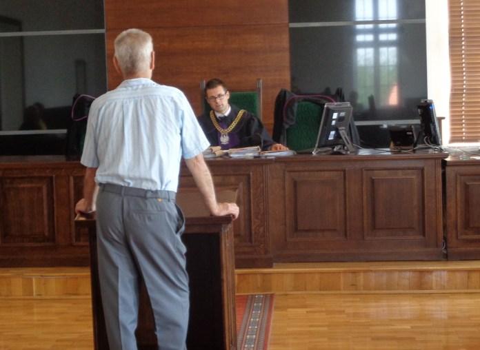 2015-08-19 Sprawa Mateusza S. nadal bez wyroku @Sąd Rejonowy w Głogowie (Fot. A. Błaszczyk)