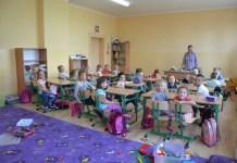 2015-09-04 Kotla Nowy sprzet na nowy rok szkolny @Szkoła Filialna w Chociemyśli (fot. UG Kotla)