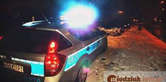 Miedziak.info.pl TutajGLOGOW.pl Policja Głogów radiowóz noc zima śnieg