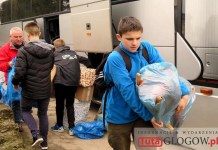 2016.03.07. Ukraina, głogowscy uczniowie z darami