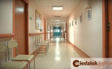 Miedziak.info.pl Szpital korytarz poczekalnia medycyna lekarz