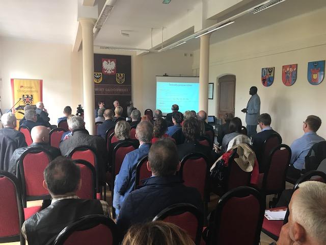 Starostwo Powiaotwe w Głogowie Konferencja Badanie zanieczyszczenia gleb na na terenie powiatu głogowskiego